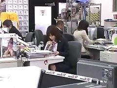 Asombroso, Chica, Masturbación Con La Mano, Japonesas, Porno Japones, Publico, Secretaria, Voyeur,