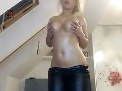 Babe, Big Tits, Blonde, Cute, Seduction, Sexy, Teasing, Topless, Webcam,