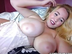 Big Tits, Blonde, Chubby, Masturbation, Model, Natural Tits, Rough, Solo, Webcam,